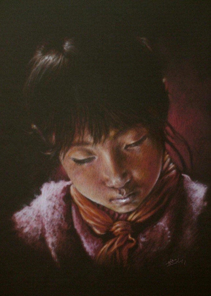 Petite chinoise lisant dans clair-obscur HPIM0608s1-732x1024