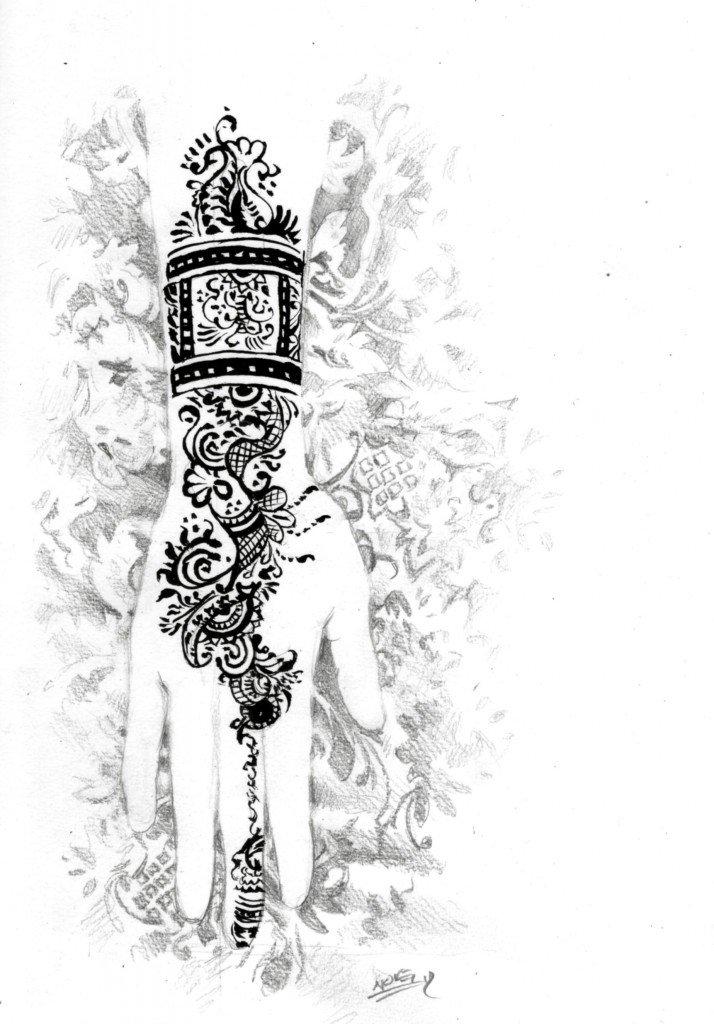 Main au henné dans divers b563-714x1024